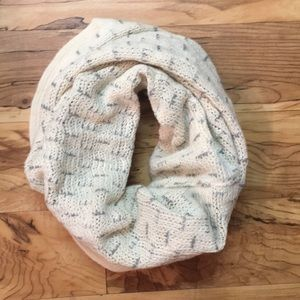 Accessories - Reversible Infinity Scarf